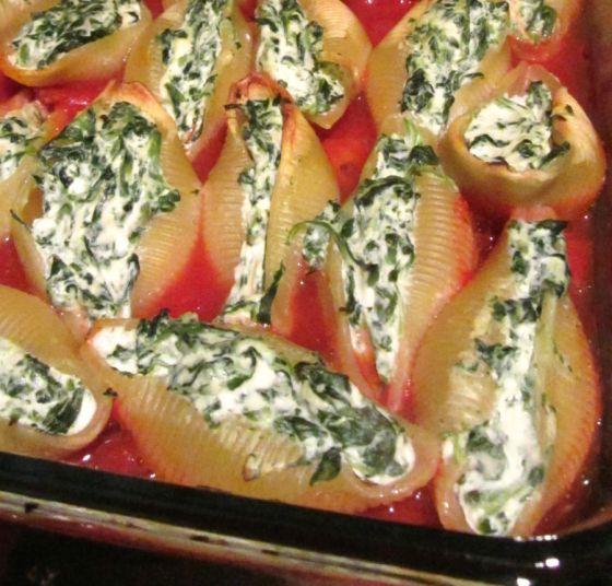 Conchiglie spinach ricotta