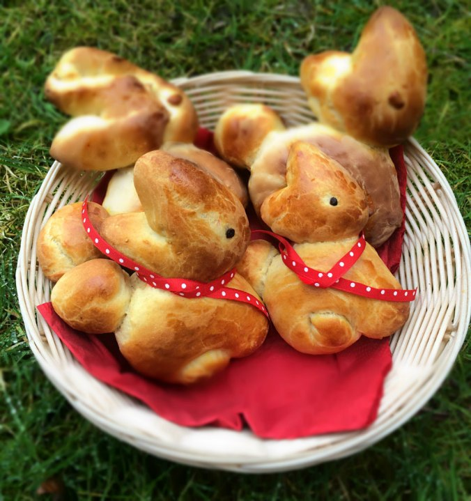 Easter brioche bunnies